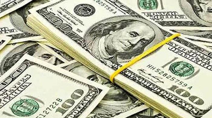 پاکستان میں ڈالر کی قدر میں اضافے کا سلسلہ جاری