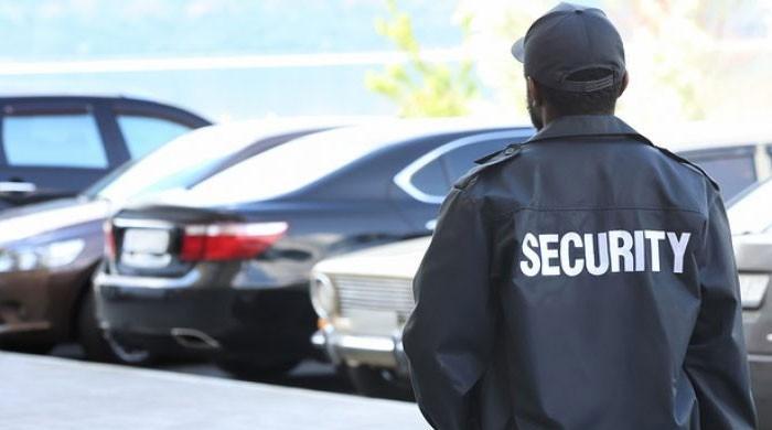 لاہور: نجی ہاؤسنگ کے 16 سیکیورٹی گارڈز  میں کورونا وائرس کی تصدیق