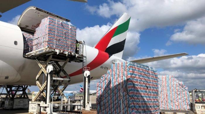 'کورونا ویکسین کو دنیا بھر میں پہنچانے کیلئے 8 ہزار جمبو طیارےدرکار ہوں گے'
