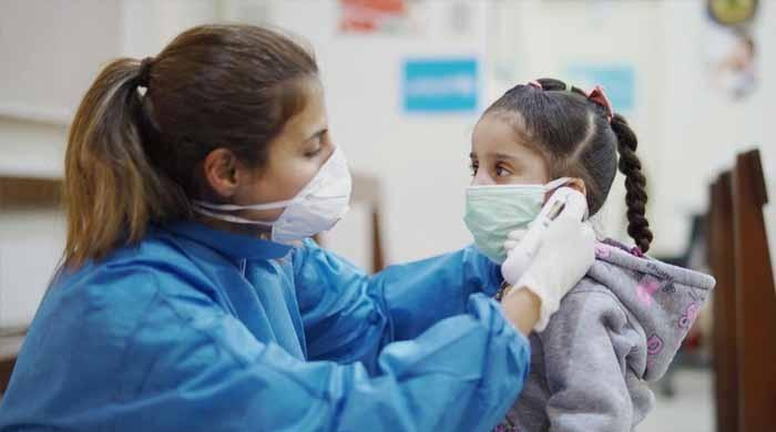 5 سال سےکم عمر کے بچوں کو ماسک پہننے کی ضرورت نہیں: ڈبلیو ایچ او