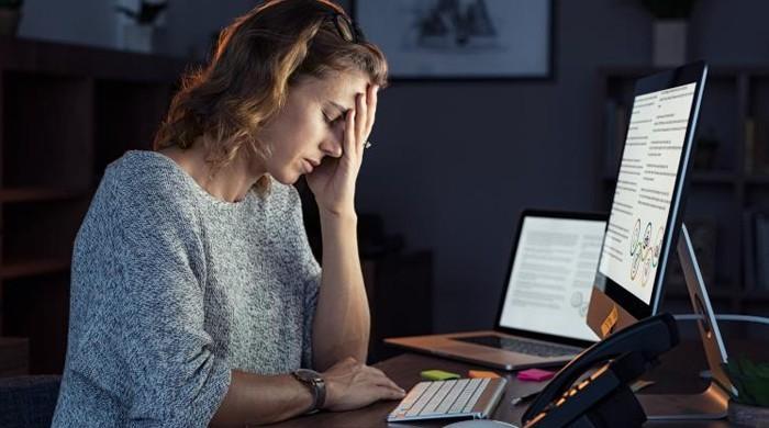 کورونا سے ڈپریشن اور ڈیمینشیا جیسے دماغی امراض کاخطرہ بڑھ جاتا ہے، تحقیق