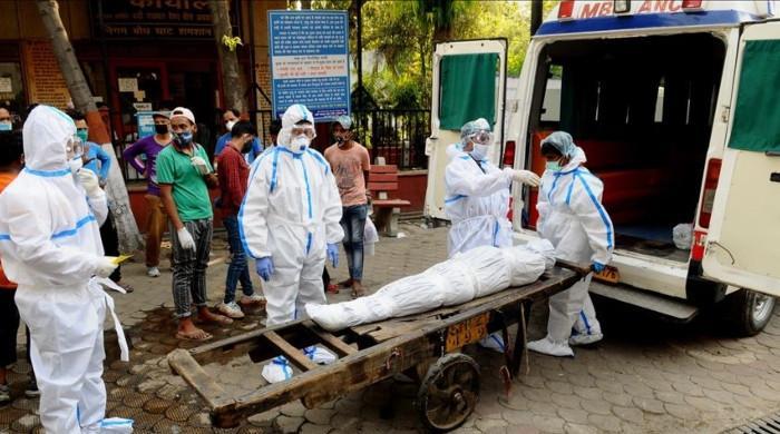 بھارت میں کورونا سے مزید 4 ہزار افراد ہلاک ہوگئے