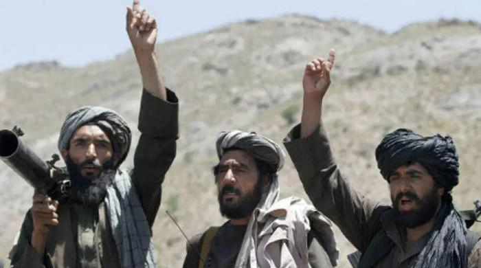 افغان طالبان کا تاجکستان کے ساتھ مرکزی سرحدی گزرگاہ پر قبضہ