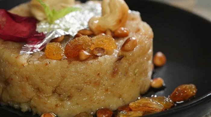 'ڈبل روٹی' کے لذیذ حلوے سے دسترخوان کی رونق بڑھائیں