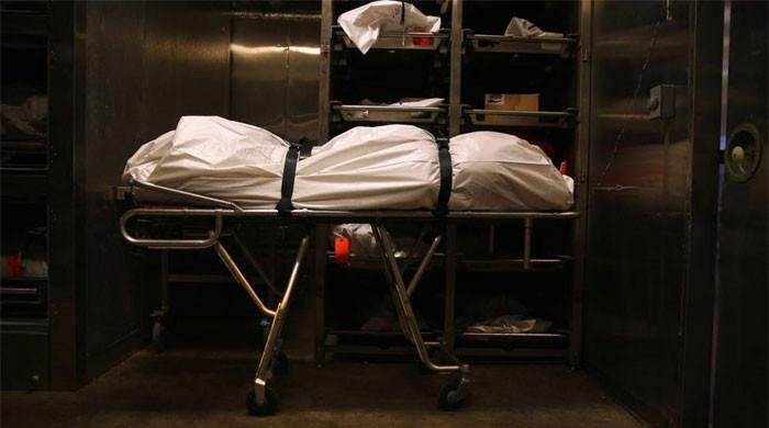 میڈیکل کا طالب علم  تجربے کیلئے دوست کی لاش دیکھ کر کلاس سے بھاگ نکلا