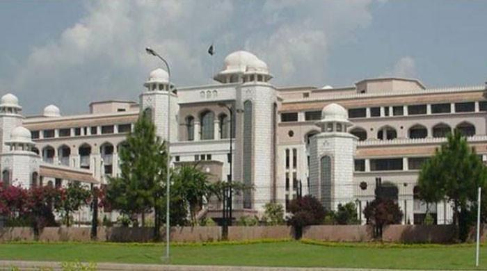 وفاقی کابینہ نے وزیراعظم ہاؤ س میں کمرشل سرگرمیوں کی منظور ی کا معاملہ مؤخرکر دیا