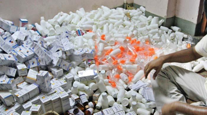 ننکانہ سے جعلی ادویات بنانے والی فیکٹری پکڑی گئی