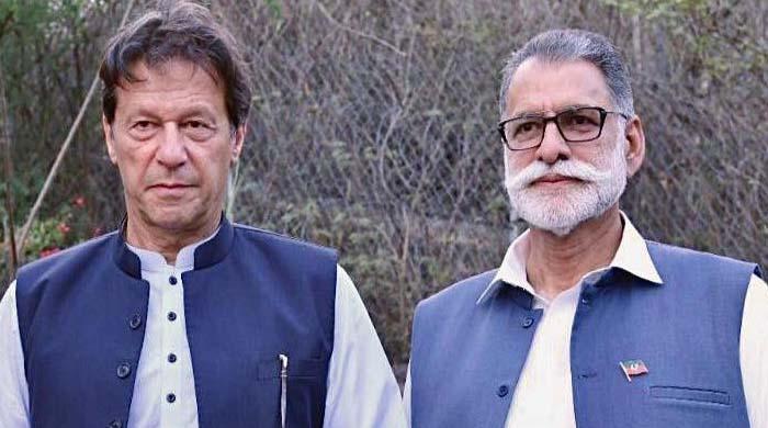 عمران خان نے سردار قیوم نیازی کو وزیراعظم آزاد کشمیر کیلئے نامزد کر دیا