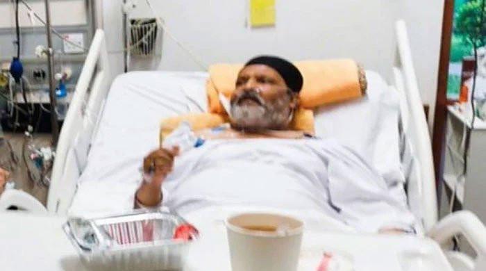 عمر شریف کی روانگی: ائیرایمبولینس کیلئے درخواست نہیں ملی، ایوی ایشن ذرائع