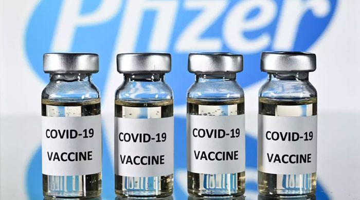 امریکی کورونا ویکسین کی مزید 24 لاکھ خوراکیں پاکستان پہنچا دی گئیں